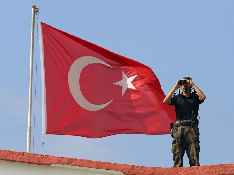 Lucie Tungul: Snění a realita v přístupu Turecka k Sýrii