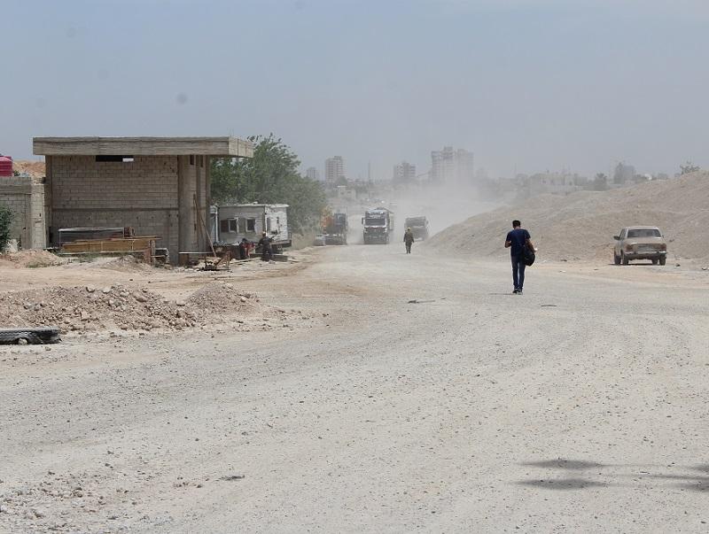 Pokračují stavební práce v přípravě obytné infrastruktury na západě Damašku