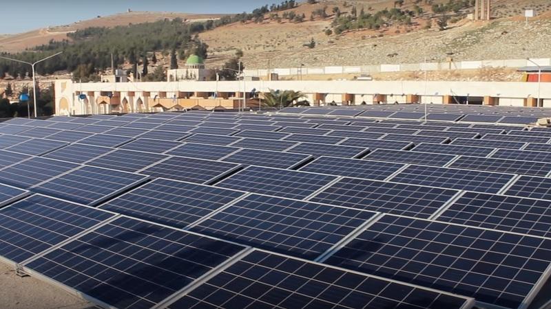 První fotovoltaická elektrárna v Sýrii zahájí produkci během jednoho roku