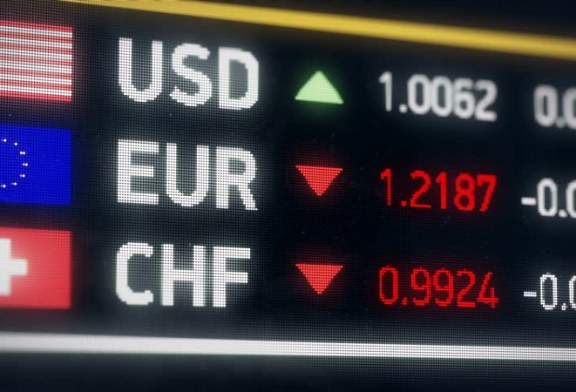 Patria Online: Dolar a švýcarský frank ztratily pozici bezpečných měn. Co je nahradilo?
