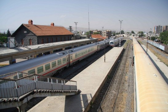 Íránci nabízejí nové řešení v oblasti příměstské dopravy