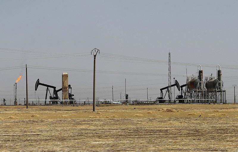 Druhé největší ropné pole v Sýrii opět v provozu