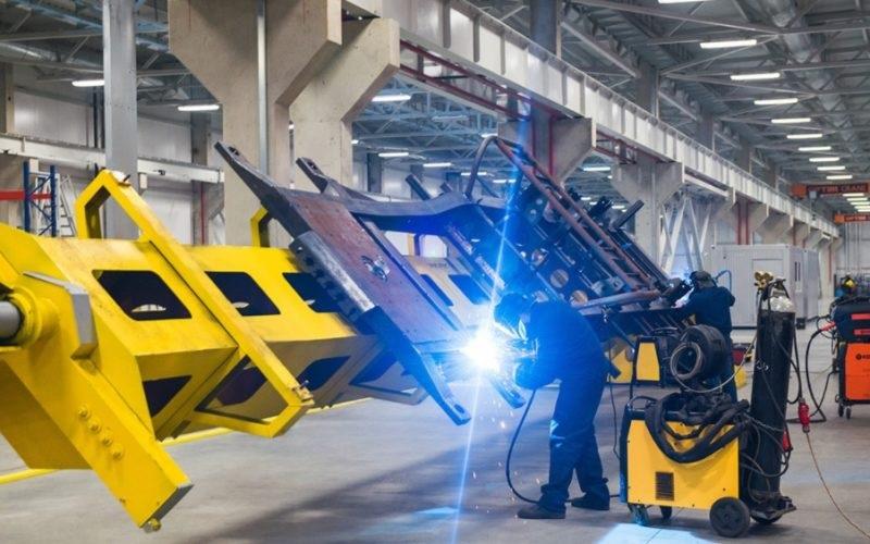Ruské dodávky pro syrský strojírenský průmysl