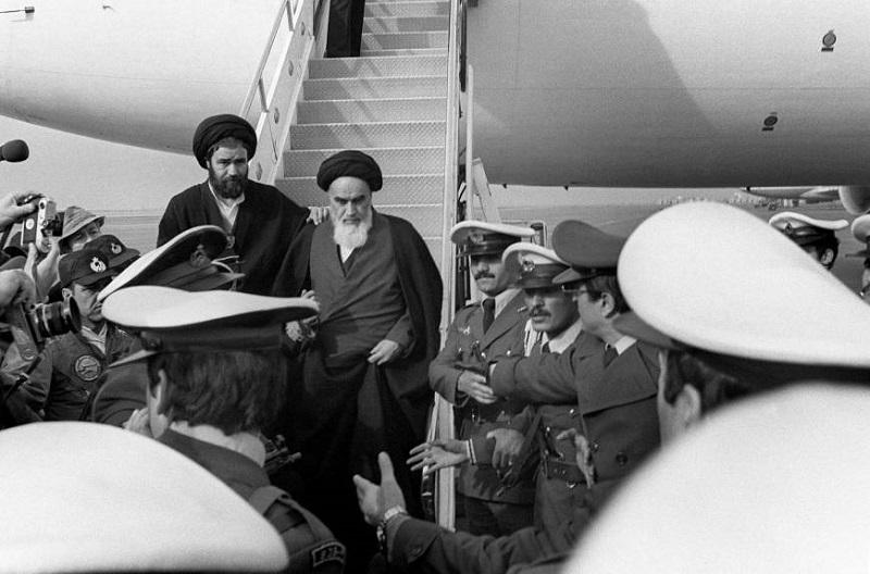 """Edice !A: Íránský """"šíismus"""" – druh islamismu, nebo jedna z podob anti-imperialismu?"""