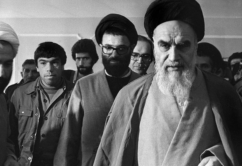 """Edice !A: Íránský """"šíismus"""" – od Islámské revoluce na rozcestí dneška (1. část)"""