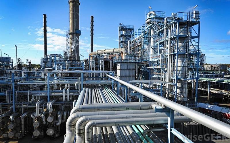 Poptávka: supervize oprav v oblasti průmyslové petrochemie
