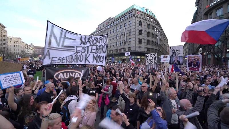 Veronika Sušová-Salminen: Protesty národního odcizení