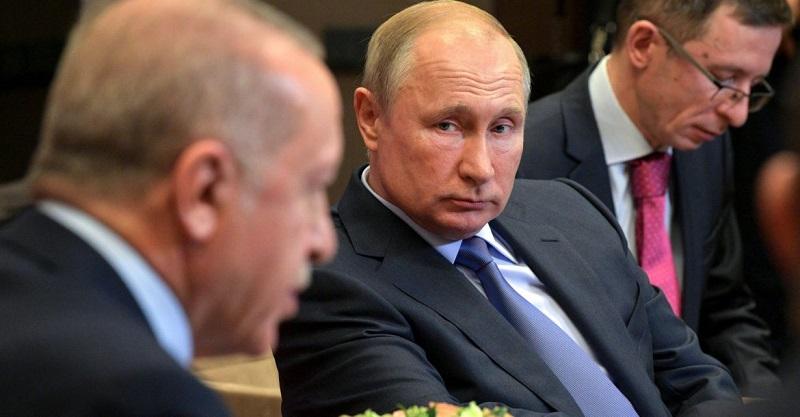 Komentář: Dohoda v Soči – Ankaře povinnosti, Moskvě výhody